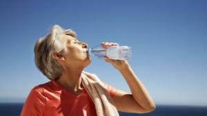estate-e-gran-caldo-i-consigli-per-gli-anziani-jpg-preview-default